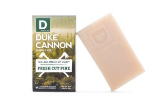 Duke Cannon | Big Ass Brick of Soap – Fresh Cut Pine | Experience the invigorating scent of fresh split pine and celebrate a return to basics