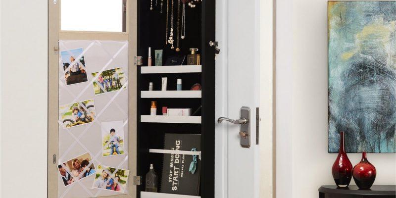 Inspired Home   Chavel Over the Door Hanging Vanity